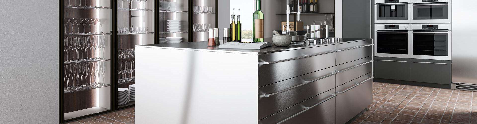 Quale materiale scegliere per le superfici della mia cucina?